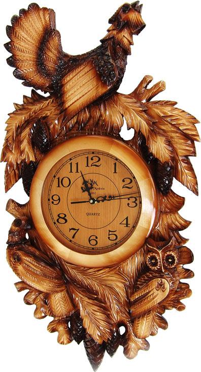 Часы на Митинском Радиорынке в павильоне 322 «Тысяча мелочей» - Тетерев. Часовая продукция «Mikhail Moskvin» -                   это широкий ассортимент деревянных часов различных форм из ценных пород российской древесины. Удачное сочетание цены,                   качества и дизайна делают продукцию часового завода «Звезда», которому принадлежат права на известную в дореволюционной                   России марку «Mikhail Moskvin» сверх востребованной.