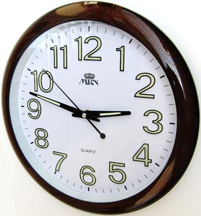 Часы на Митинском Радиорынке в павильоне 322 «Тысяча мелочей» -