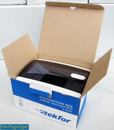 Предлагаем оптовые поставки пластиковых боксов распределения электроэнергии марки «Tekfor»
