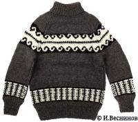 Фотография карачаевского свитера из 100% овечьей шерсти. Автор фото Игорь Веснинов.